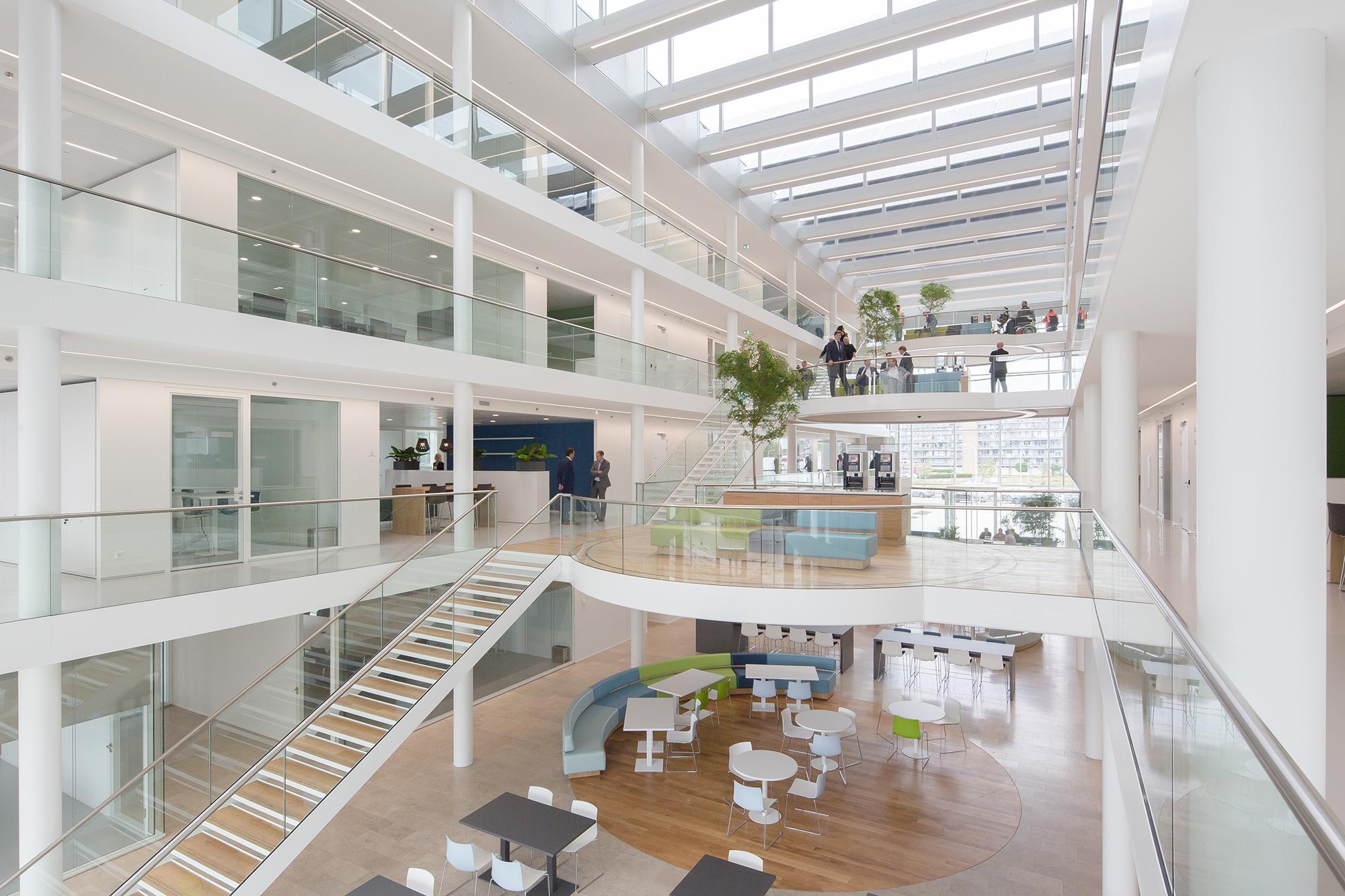 interieurfoto nieuwe gemeentehuis Naaldwijk